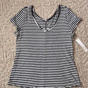 Ladies v neck striped tshirt size XL